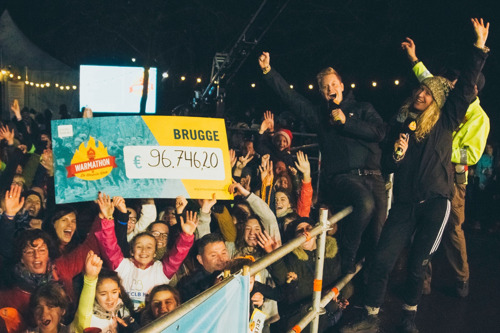 8540 sportievelingen lopen 96 746,20 euro bij elkaar op Warmathon in Brugge