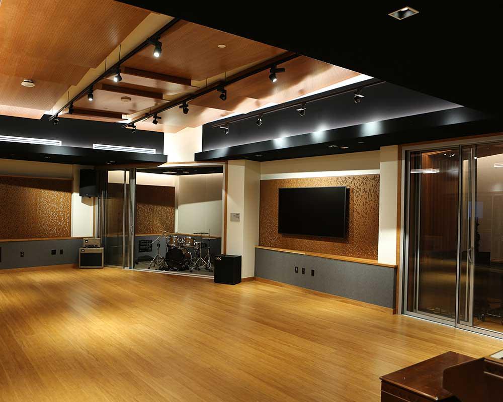 Borland-Manske Center Live Room
