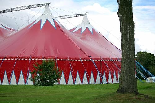 Gatz steunt zeven circusprojecten
