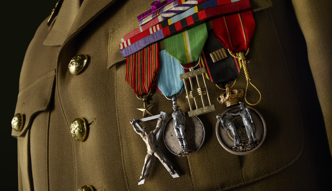 AIR CALLS FOR AN END TO MEDALS OF HORROR