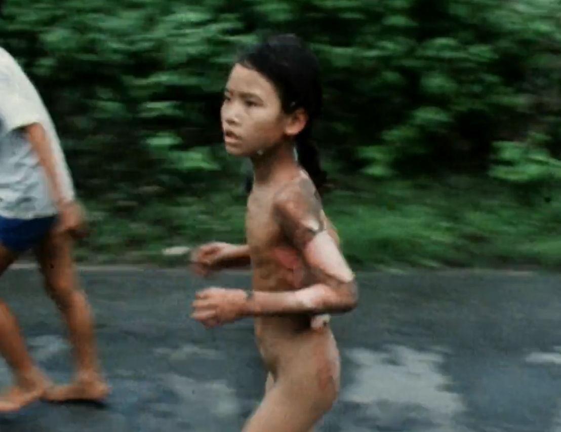 The Vietnam War - iconisch beeld van het 'napalmmeisje' Kim Phuc - (c) PBS