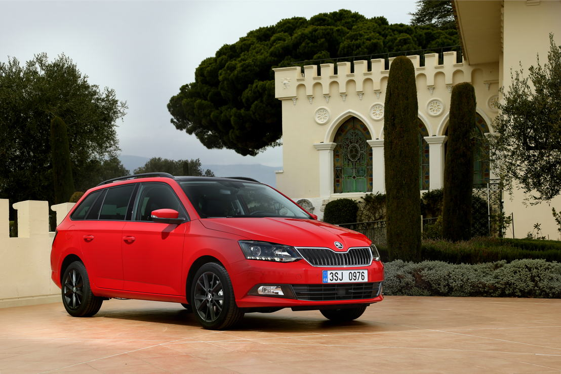 The ŠKODA FABIA made a significant contribution to the record month. Global deliveries of the small car rose 8.0% to 22,100 vehicles compared to the same period last year (March 2016: 20,500 vehicles).
