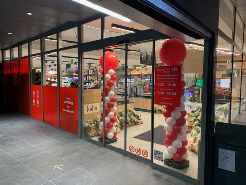 Een nieuwe Carrefour Market in mattentaartenstad