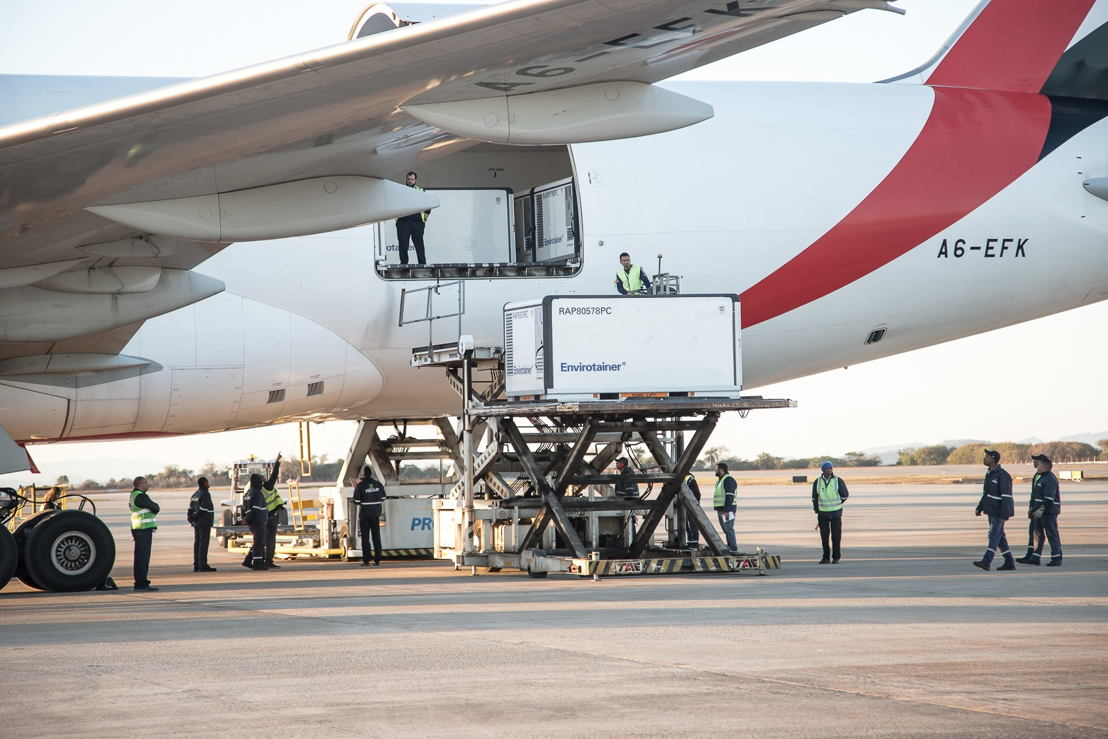 Emirates SkyCargo operated a charter flight with 25 tonnes of vaccines to BH Airport, Brazil<br/>Image Courtesy: BH Airport