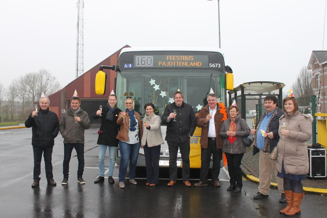 Voorstelling feestbussen Pajottenland - u mag deze foto bewerken