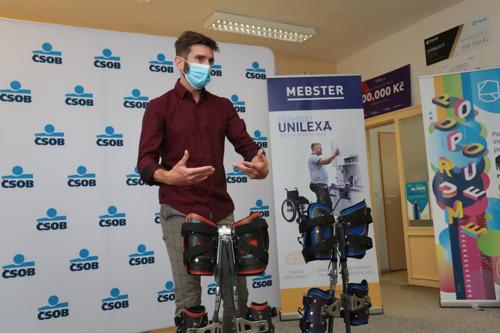 Thanks to the UNILEXA exoskeleton, Radek can again stand on his own two feet
