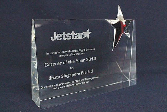 dnata Singapore wins Jetstar's prestigious Caterer of the year Award 2014