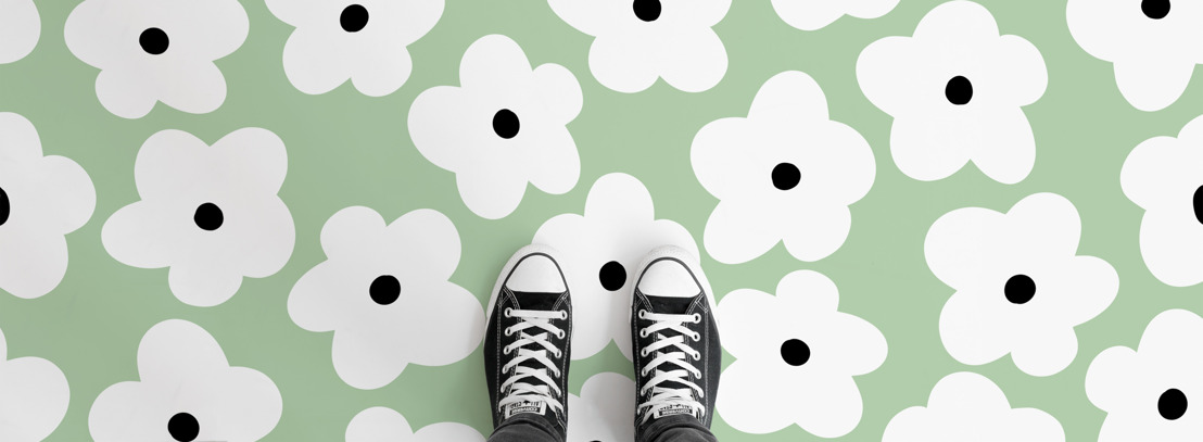 Bold flower flooring full of 90's nostalgia