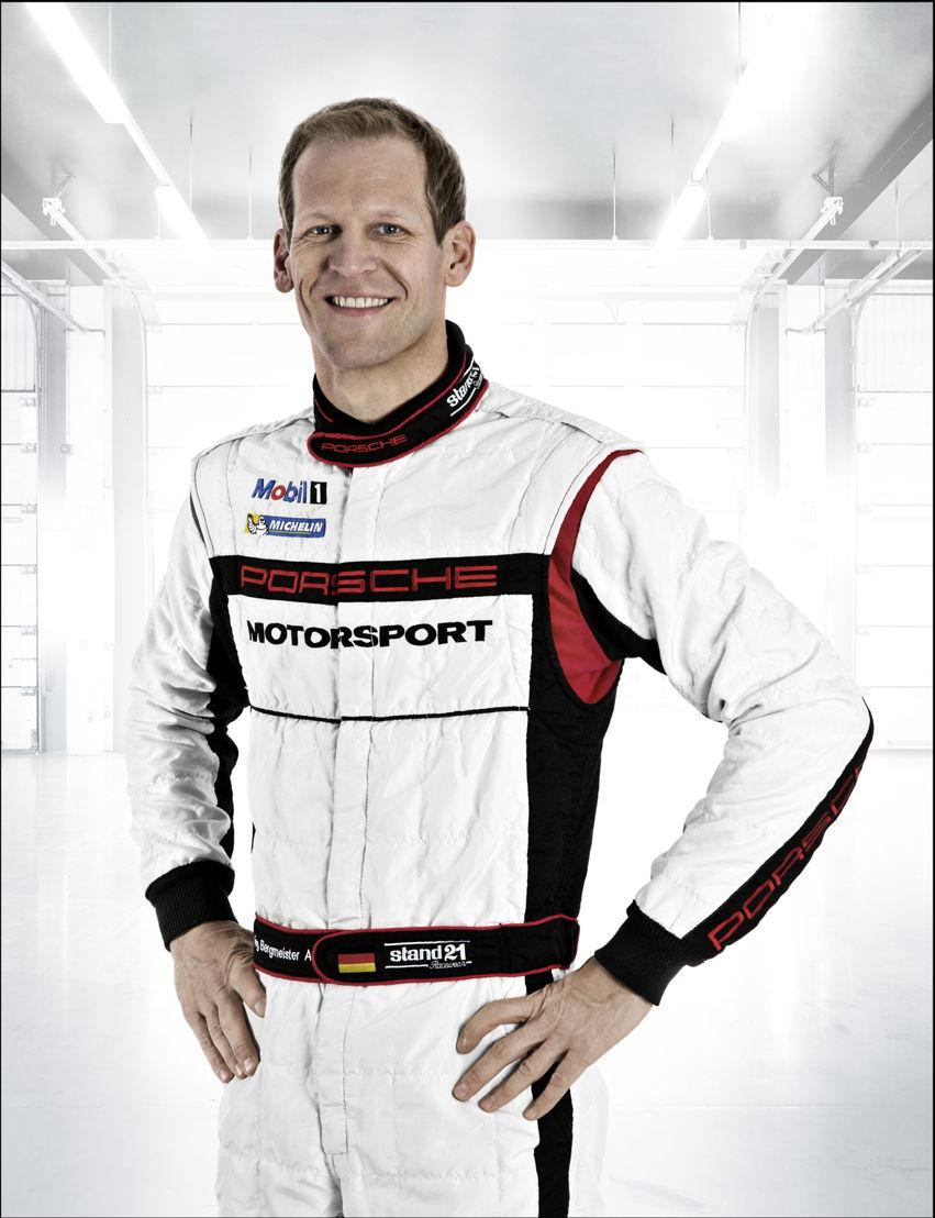 Porsche-Werksfahrer Jörg Bergmeister (D)
