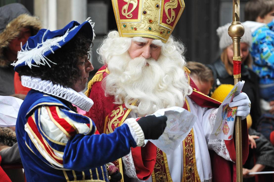 Ay Ramon! - Sint en Piet met een brief van een kindje - (c) (c) Selina De Maeyer