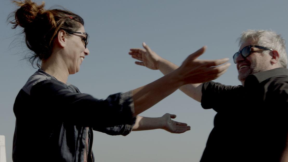 Saartje Vandendriessche en Kamal Kharmach in de Oranje boven special van Weg zijn wij (c) VRT
