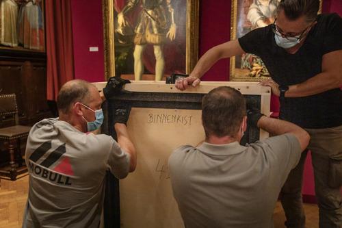 Werk von Jan van Eyck ergänzt Ausstellung Madonna trifft Tolle Grete