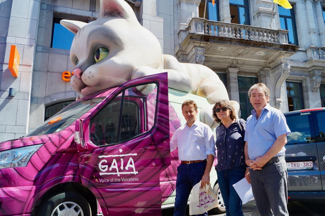 Tournée d'été de GAIA à Namur : Carlo Di Antonio au volant de notre « catmobile »