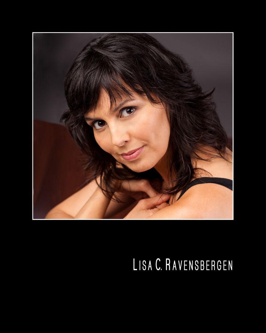 Lisa C. Ravensbergen (Annie Cook)