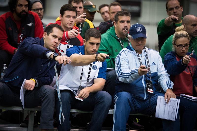 Membres des opérations football des équipes de la LCF lors du camp d'évaluation du circuit, présenté par adidas. Crédit : Johany Jutras/LCF
