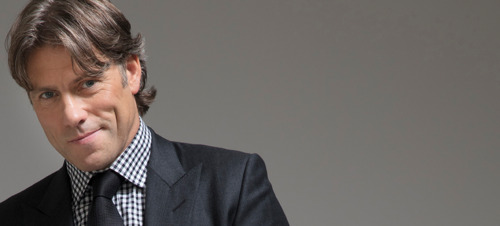 Preview: Comedian John Bishop finally in Belgium