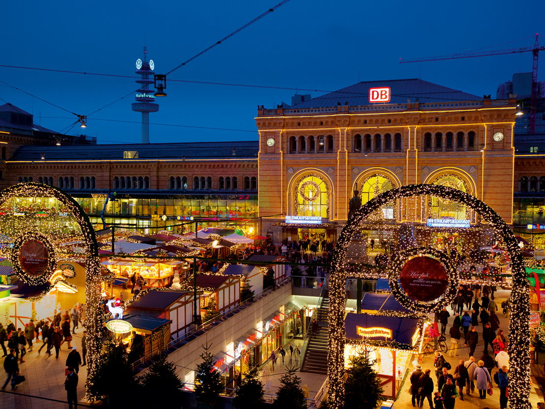 ChristmasMarketMainStation_Hannover_MichaelSiebert_WEB