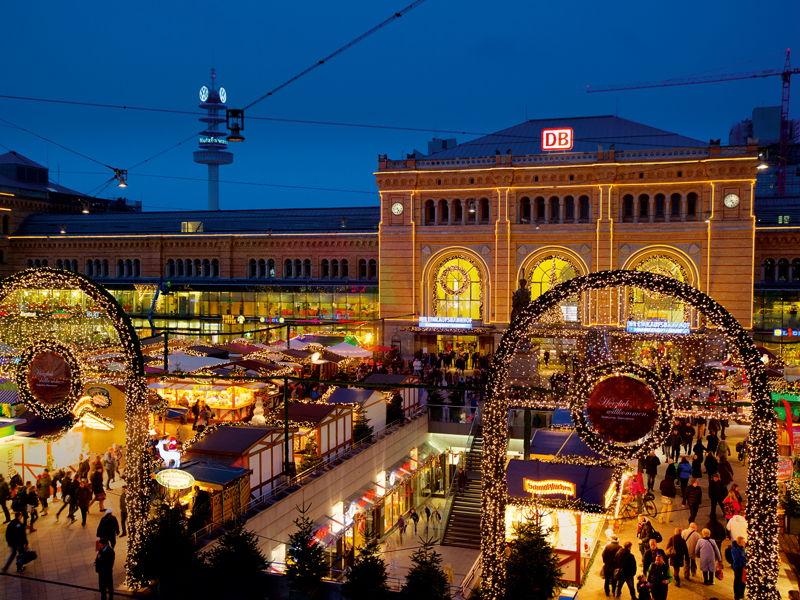 ChristmasMarketMainStation_Hannover_MichaelSiebert_WEB
