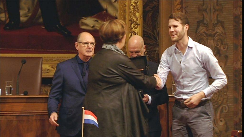 Het Groot Dictee - De Nederlandse winnaars Frank Ketelaer en Mark Beumer - (c) Men at work / VRT