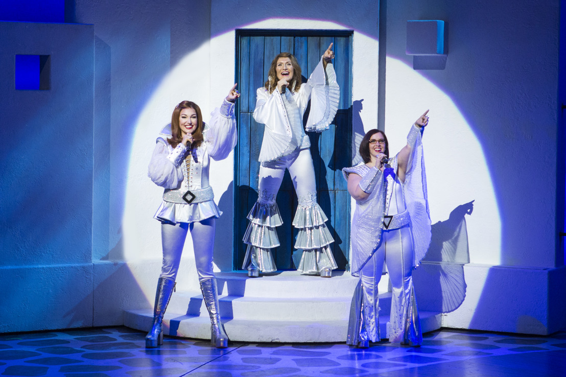 MAMMA MIA! walks down the aisle one final time at Atlanta's Fox Theatre for one week only: June 13-18!