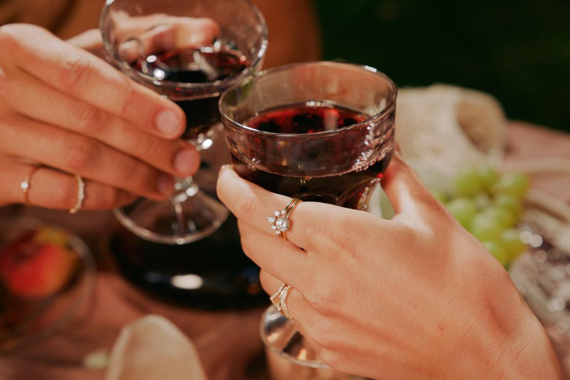 Des sœurs anversoises lancent une marque de bijoux éthique à l'esprit bohémien