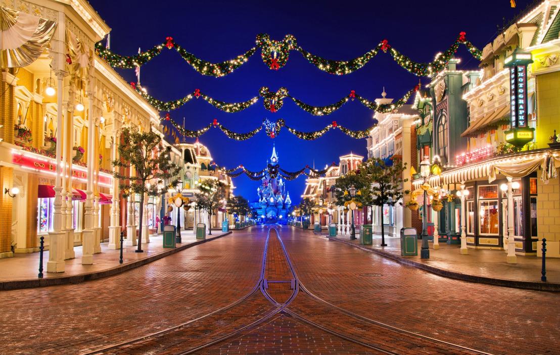 Disneyland® Paris viert 90 jaar Mickey Mouse tijdens Disney's Betoverende Kerst
