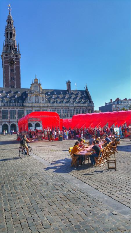 Feestelijke start 500 jaar Utopia met de YOUtops@Ladeuzeplein