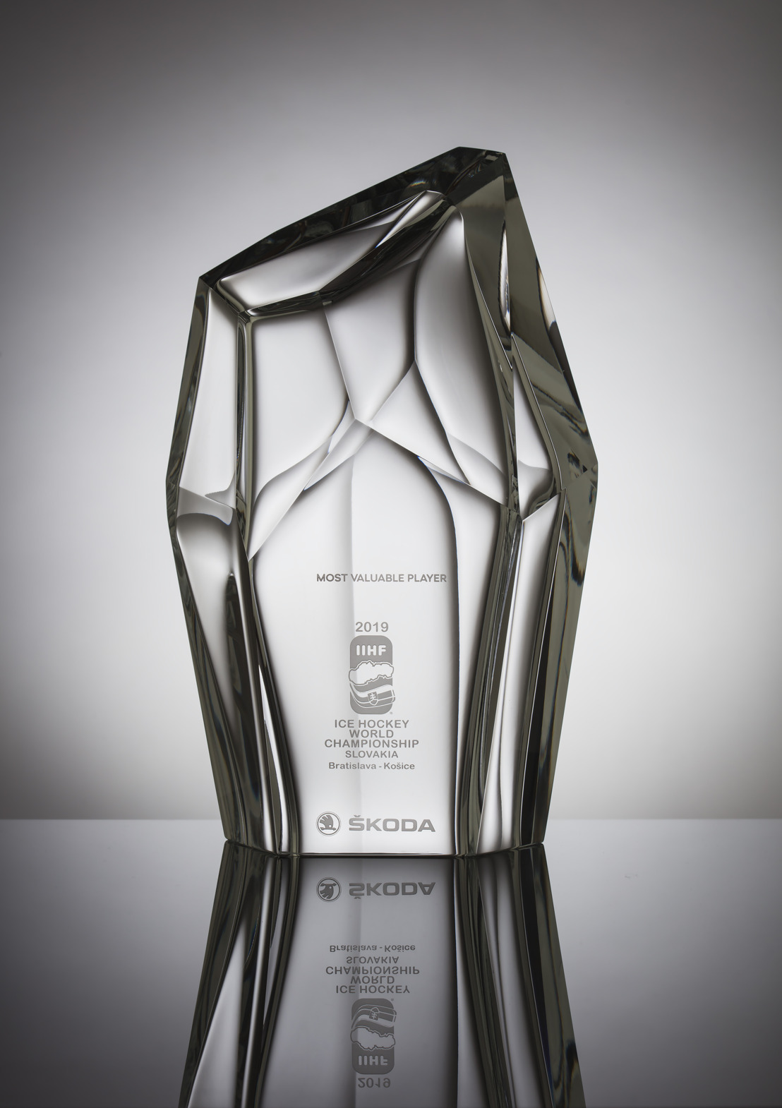 ŠKODA Design creates trophy for 'Most Valuable Player' of IIHF Ice Hockey World Championship 2019