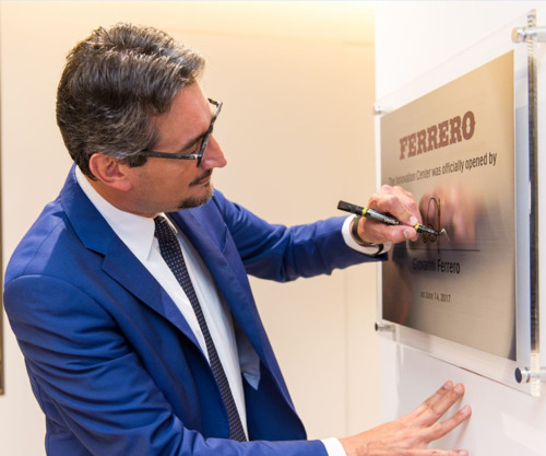 Ferrero kondigt opening van Singapore Innovation Center aan