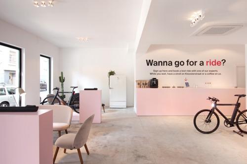 Cowboy opent nieuwe hotspot in Antwerpen voor elektrische fietsliefhebbers