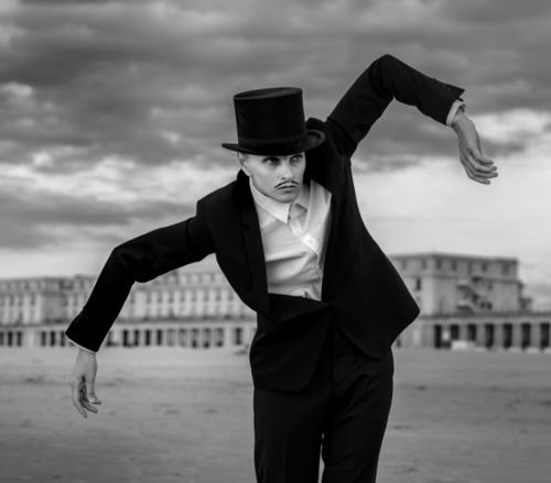 Le célèbre artiste James Ensor sort un disque
