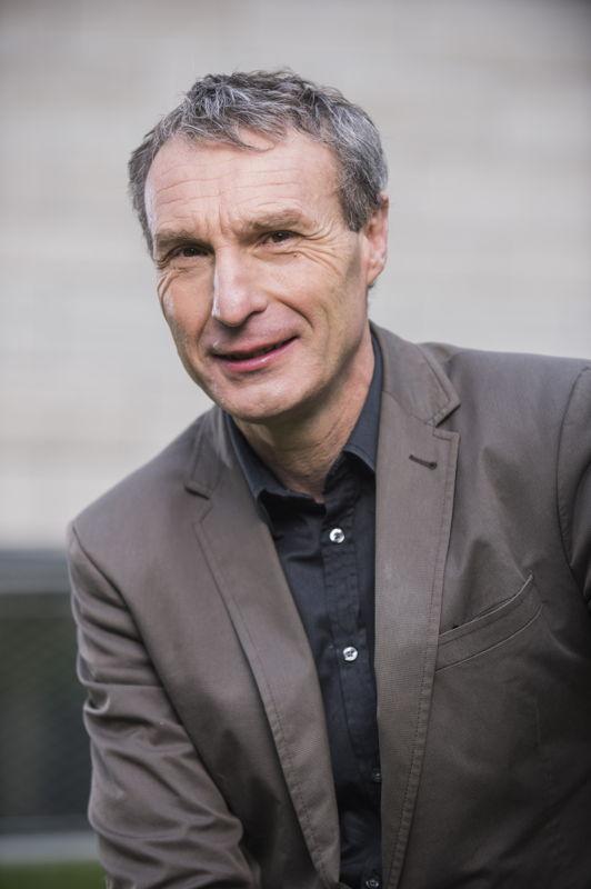 (c) Karel Duerinckx