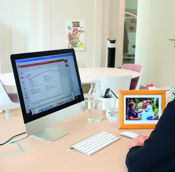 """Nieuwe campagne """"Gezin op het werk"""" roept op voor gezinsvriendelijkheid op de werkvloer"""