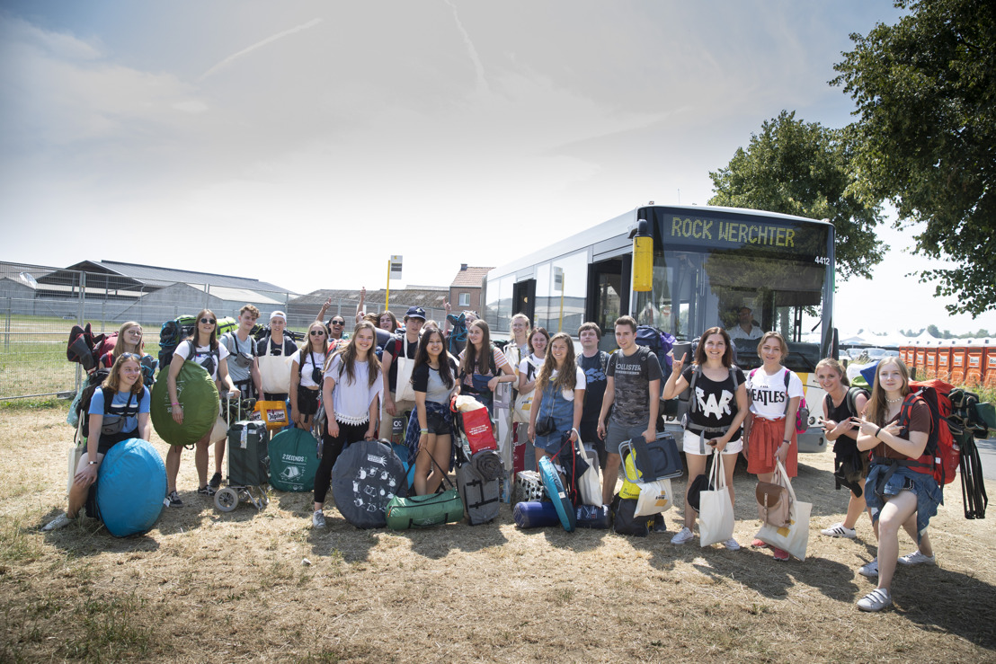 8500 Werchtergangers eerste dag met de bus naar camping The Hive