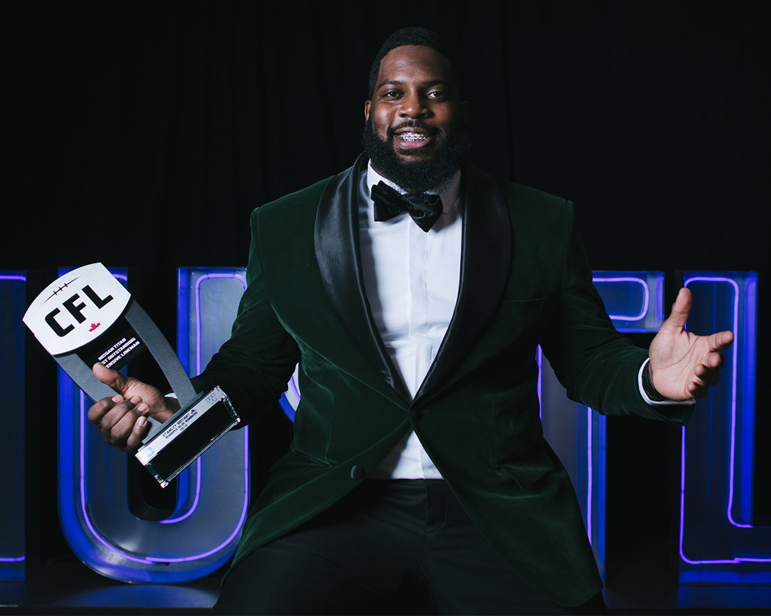 Most Outstanding Offensive Lineman Stanley Bryant at the 2018 Shaw CFL Awards. Photo credit: Johany Jutras/CFL.ca