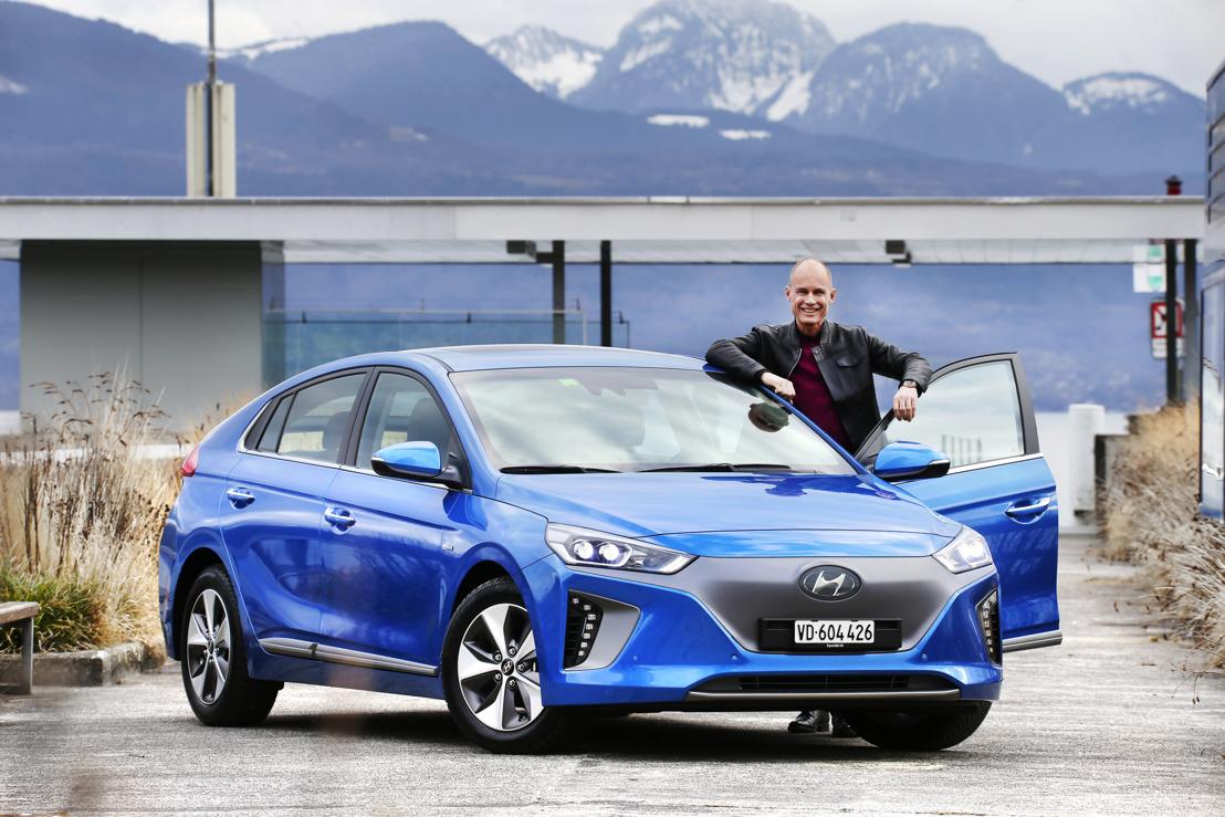 Bertrand Piccard diventa ambasciatore ufficiale di Hyundai IONIQ alla vigilia del Salone dell'automobile di Ginevra