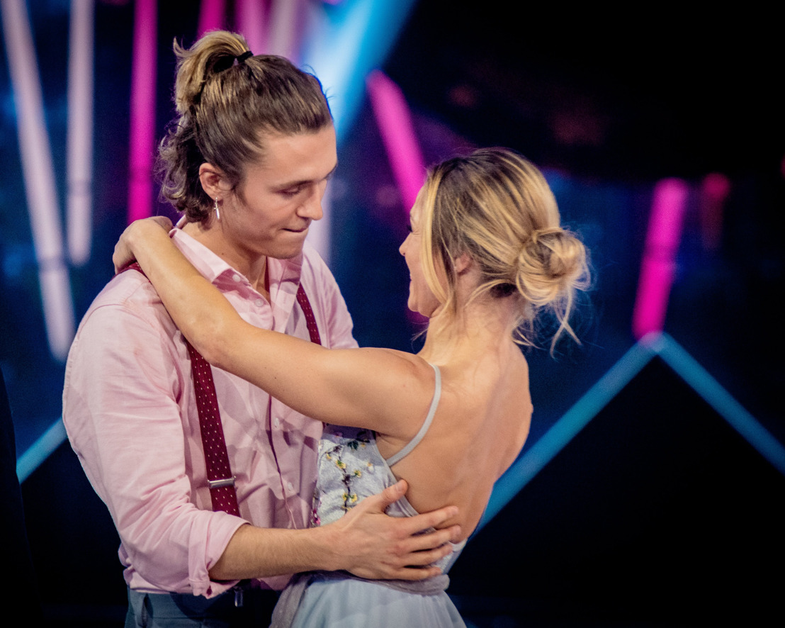 Kat Kerkhofs, James Cooke en Leen Dendievel dansen de finale van Dancing With The Stars