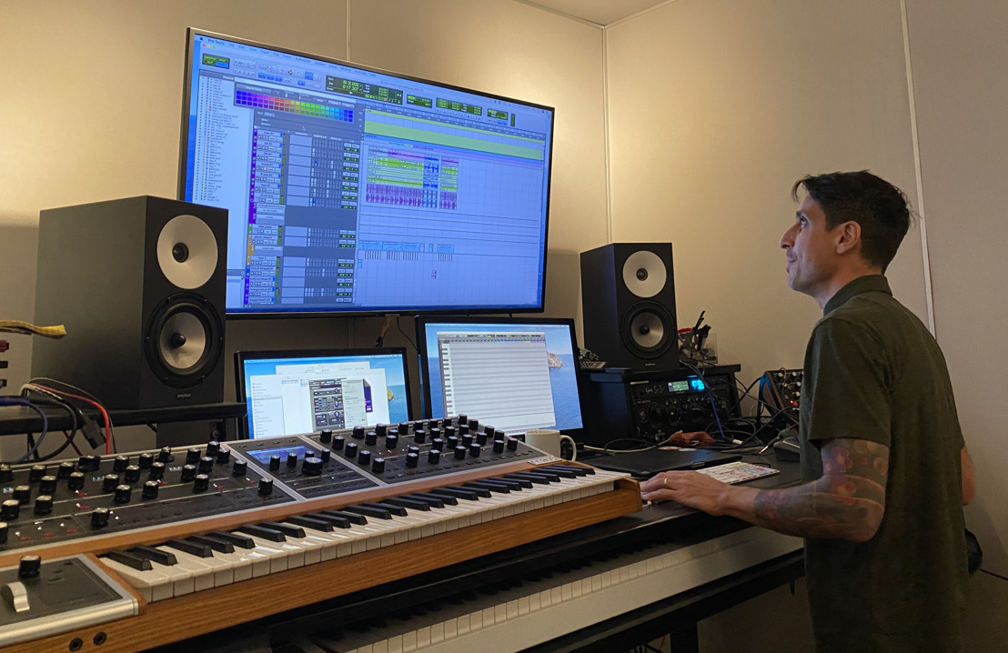 Imagination and Clarity: Luis Guerra Scores Top Podcasts with Amphion One18 Speakers