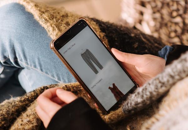Preview: La mode est-elle… à la mode sur les réseaux sociaux ?