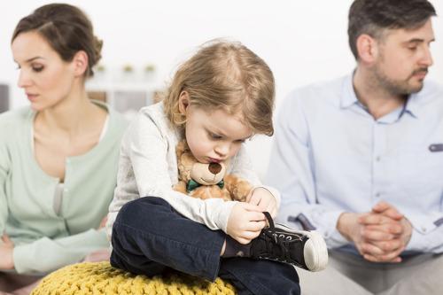 Nieuwe methode Hobin dreigt nog meer gescheiden moeders in armoede te storten