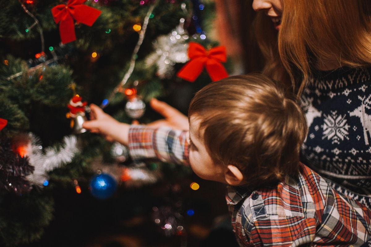 Weihnachtliche Melodien sind ein Tor zur Kindheit