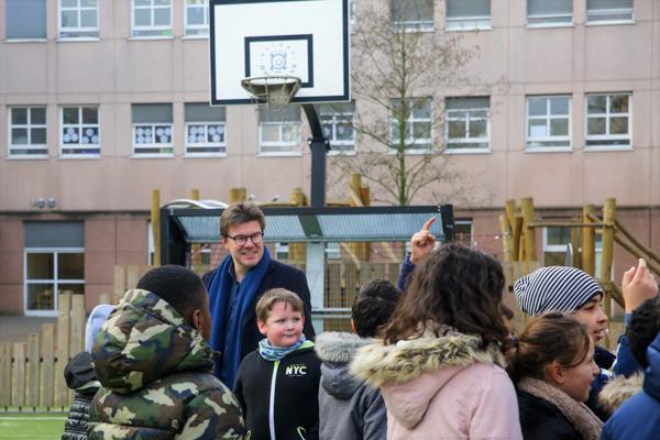Preview: Trois nouvelles cours de récréation sur le campus anderlechtois Spoor West