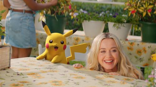 """Katy Perry révèle le clip de son nouveau titre """"Electric"""" en collaboration avec Pokémon"""