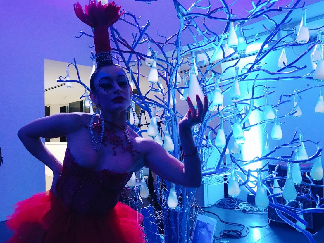 Art for One Drop: Tequila Casa Dragones y la Casa de Subastas Phillips se unen por una noble causa