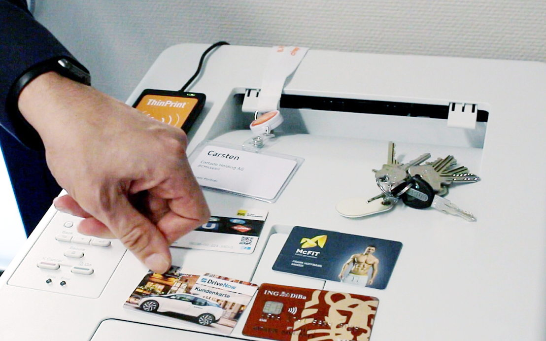 The registration for Personal Printing works with any smart card or other transponder, such as tokens.