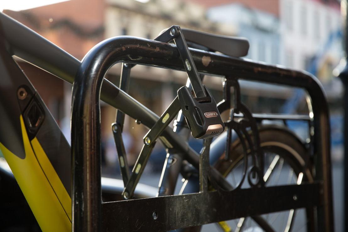 Bike lock with alarm function