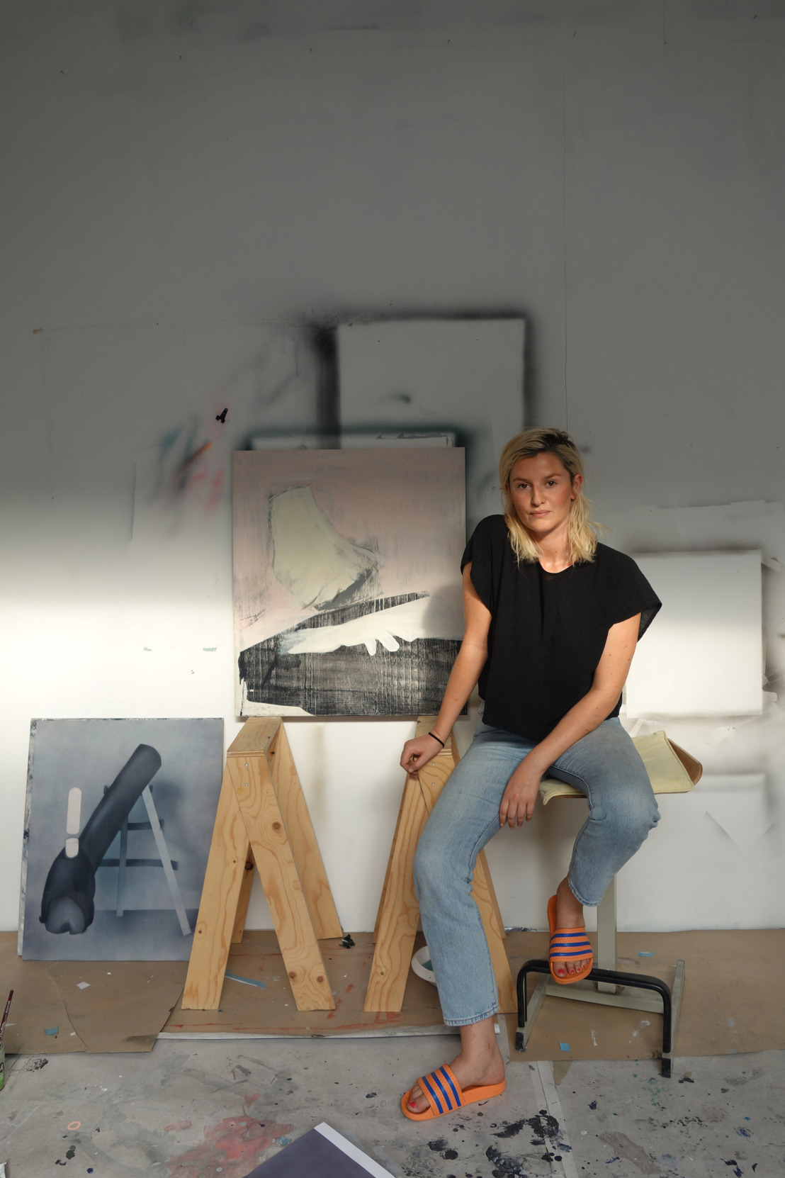 Antwerpse kunstenares Ellen Pil heft Belgische grenzen op tijdens gloednieuwe expo