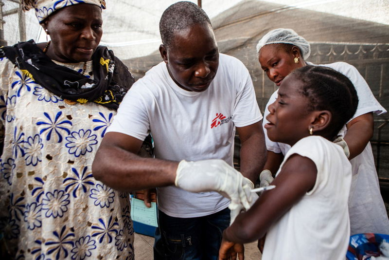 Children are vaccinated during the first day of a Measles vaccination programme in Conakry, the capital of Guinea. Photographer: Markel Redondo