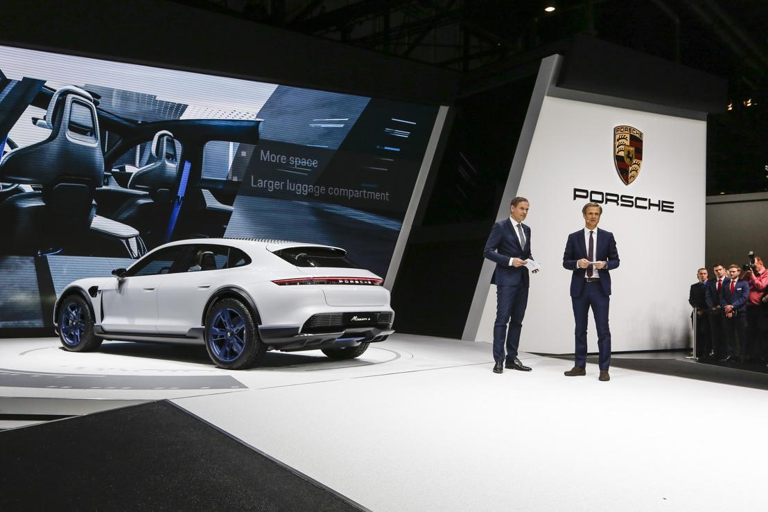 Detalles del Porsche Mission E Cross Turismo: el atleta eléctrico para un estilo de vida activo