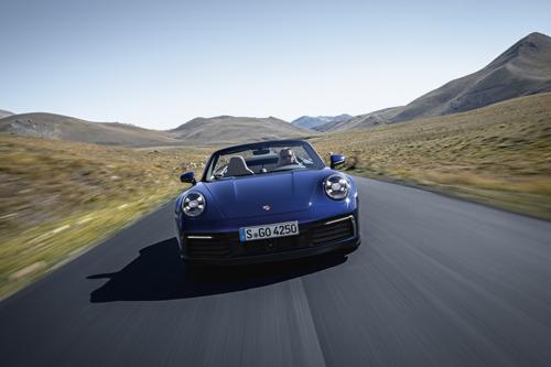 Porsche onthult eerste afgeleide model van zijn iconisch ontwerp
